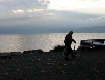 W jaki sposób można zostać opiekunką dla osób starszych?