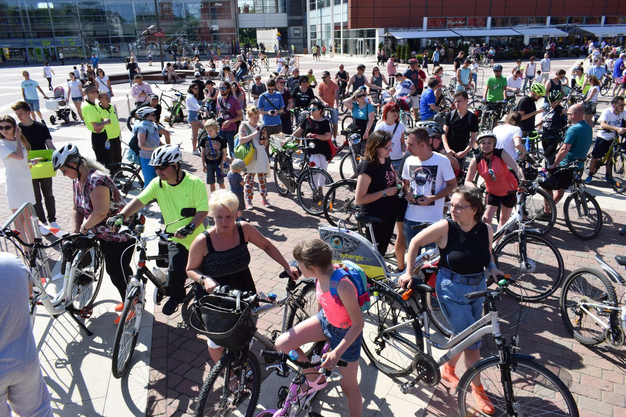 W Łodzi pobito rekord dzwonienia dzwąkami rowerowymi.