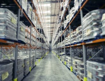 Faktoring eksportowy – jak pomaga w nawiązaniu współpracy?