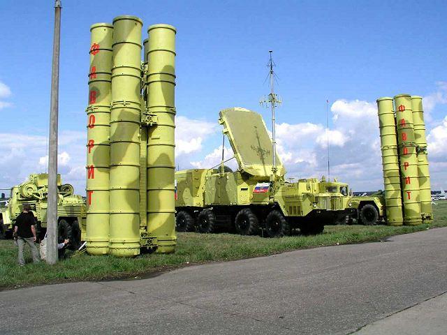 Bialorus może sprzedac systemy S-300 do Syrii