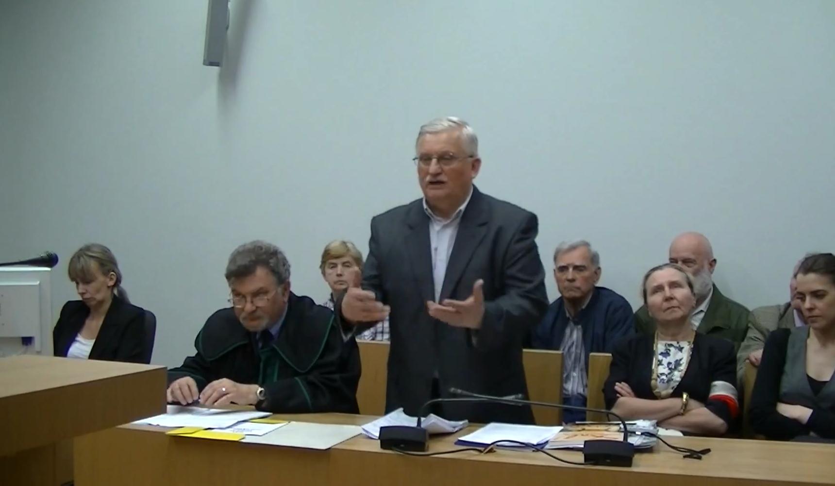 WOLNY CZYN: Rozprawa Zygmunta Korusa w Krakowie
