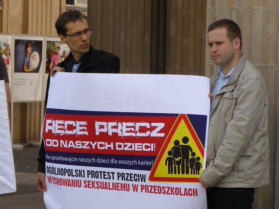 Oświadczenie Prawicy Rzeczypospolitej – Nie pozwolimy deprawować naszych dzieci!