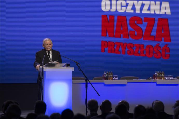 Kaczyński obiecuje likwidację przymusu ubezpieczeń społecznych