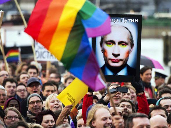 Rosja ustawia homoseksualistów