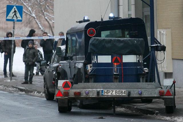 Terrorem w społeczeństwo – idioci czy służby?