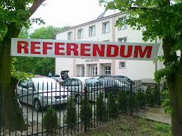 Kaczyński znalazł młot na czerwoną hołotę Referendum
