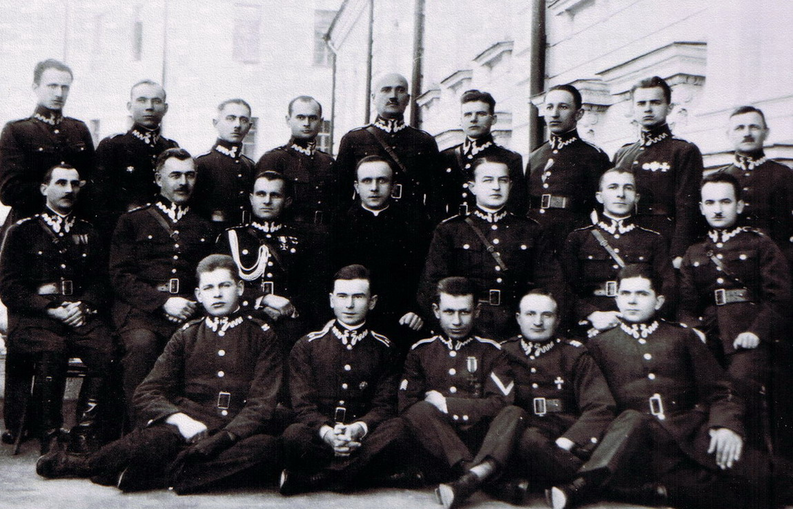 KAPELANI WOJSKA POLSKIEGO POMORDOWANI NA WSCHODZIE 1940 – 1941