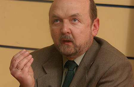 Legutko w obronie Tuska: czeka nas międzynarodowa interwencja