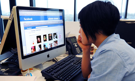 Dzieci Facebooka – cenzura i sądy