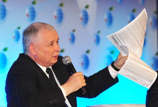 Doradzają  Kaczyńskiemu zostawić bandytyzm podatkowy Tuska ?