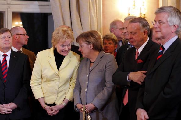 Niemcy to ludzie jak stado poganiane przez Merkel