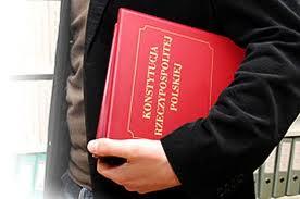 27 września 2013 posłowie (po raz kolejny) złamali konstytucję
