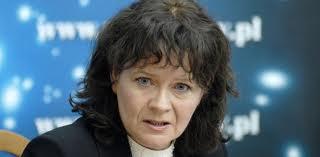 WOLNY CZYN: Atak ekspertów Macierewicza… Die junge Frau, das ist die Ministła!