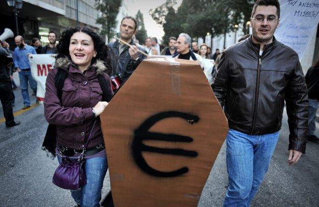 Motto elit zachodu – banki albo śmierć!