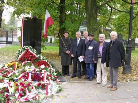 CICHOCIEMNI – Odsłonięcie Pomnika 07 10 2013