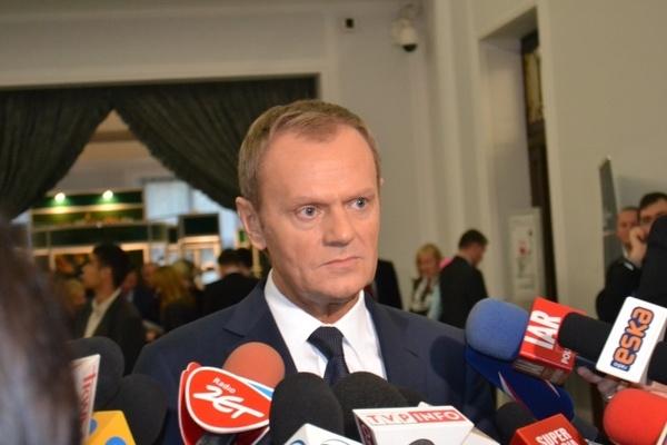 WOLNY CZYN: Biegnij Tusku, biegnij… – dowody zamachu w Smoleńsku