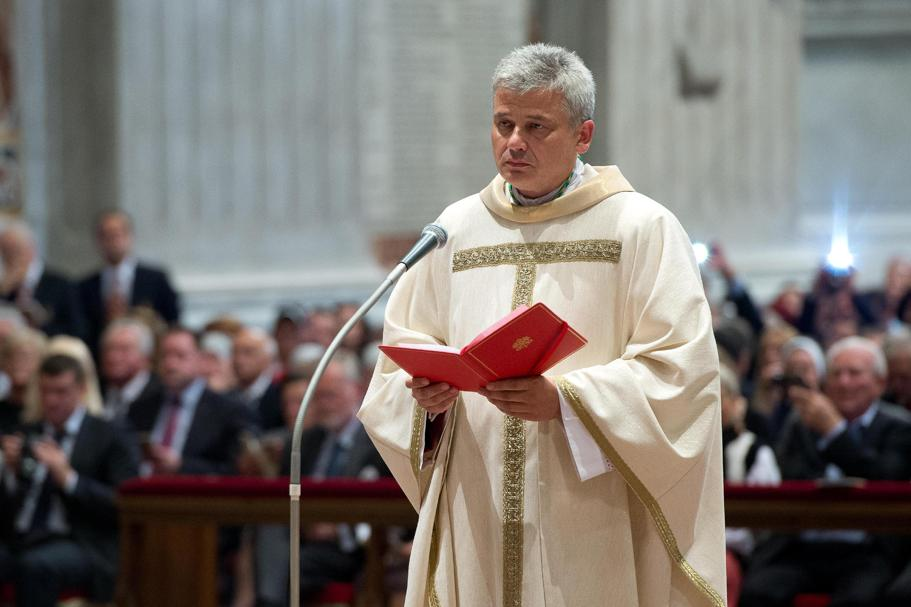Abp Konrad Krajewski, jałmużnik papieża Franciszka