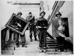 Odkryto 1500 dzieł sztuki skradzionych przez Niemców