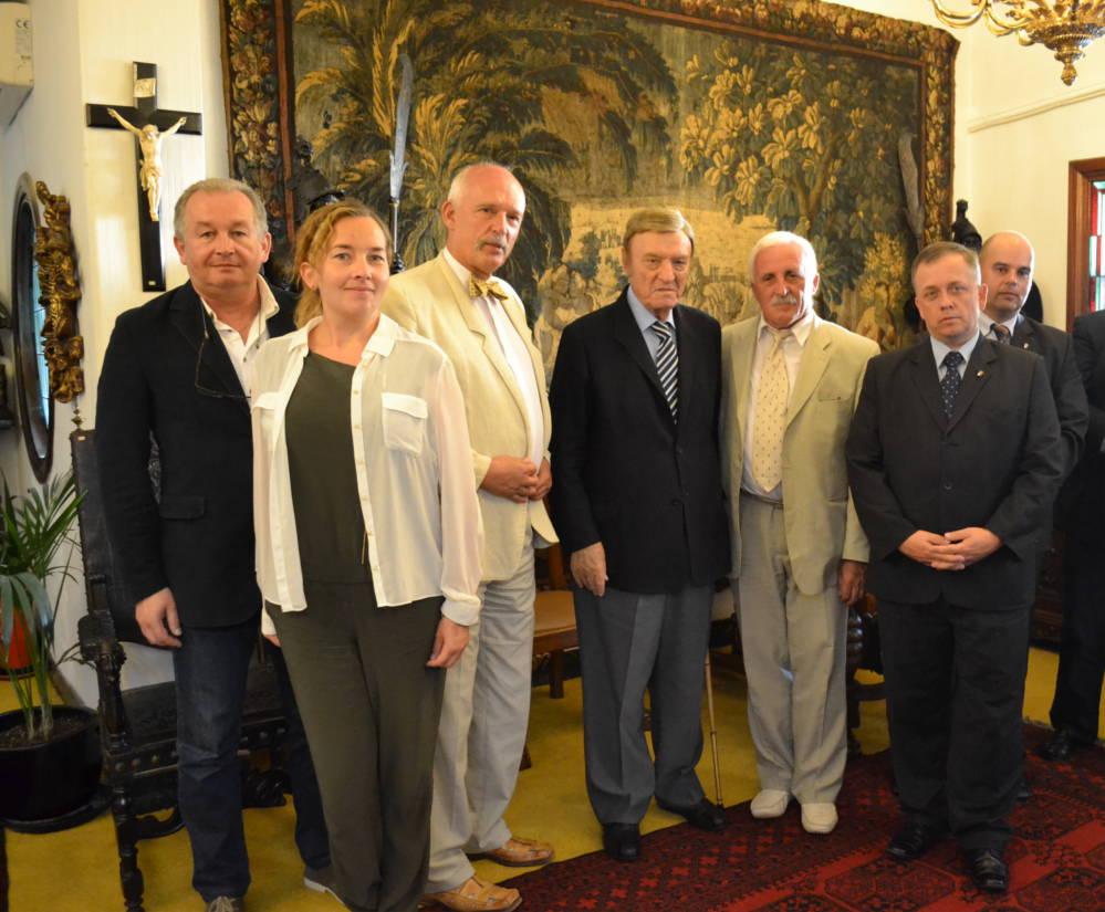 Do Dyrekcji Unii Stowarzyszeń i Organizacji Polskich Ameryki Łacińskiej (USOPAŁ)