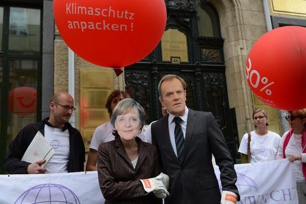 Tusk obiecuje kolaborantom kolonialną łapówkę od Niemiec