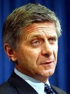 Prezes NBP dobrym wujkiem dla międzynarodowych banków