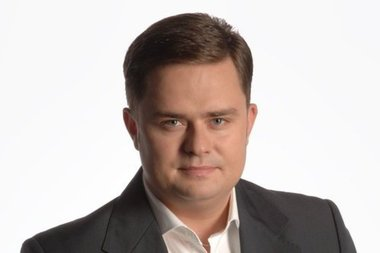 Kaczyński wykorzystał CBA i usunął bawidamka Hofmana
