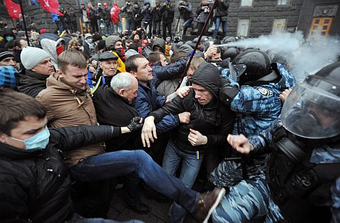 Niemcom udało się odsunąć Ukrainę od Polski i Unii