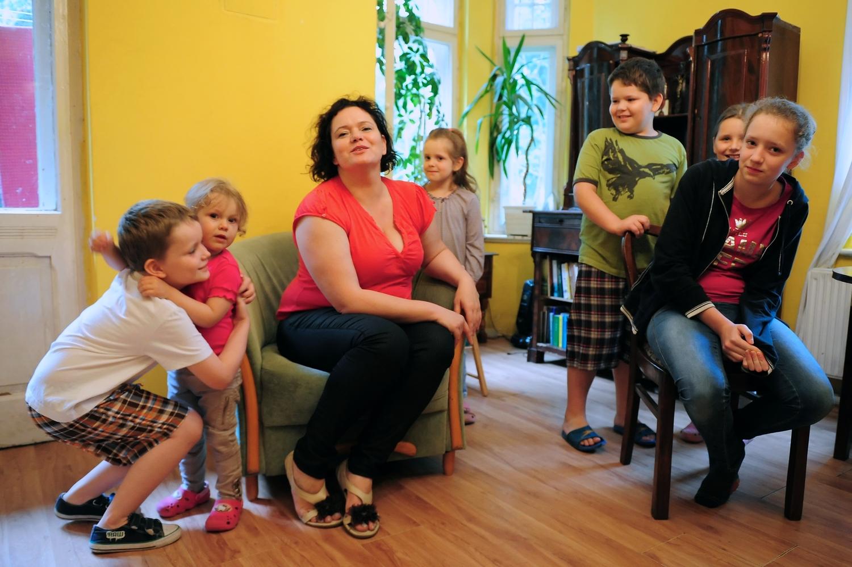 Tusk zarządza polskimi dziećmi jak swoim bydłem roboczym