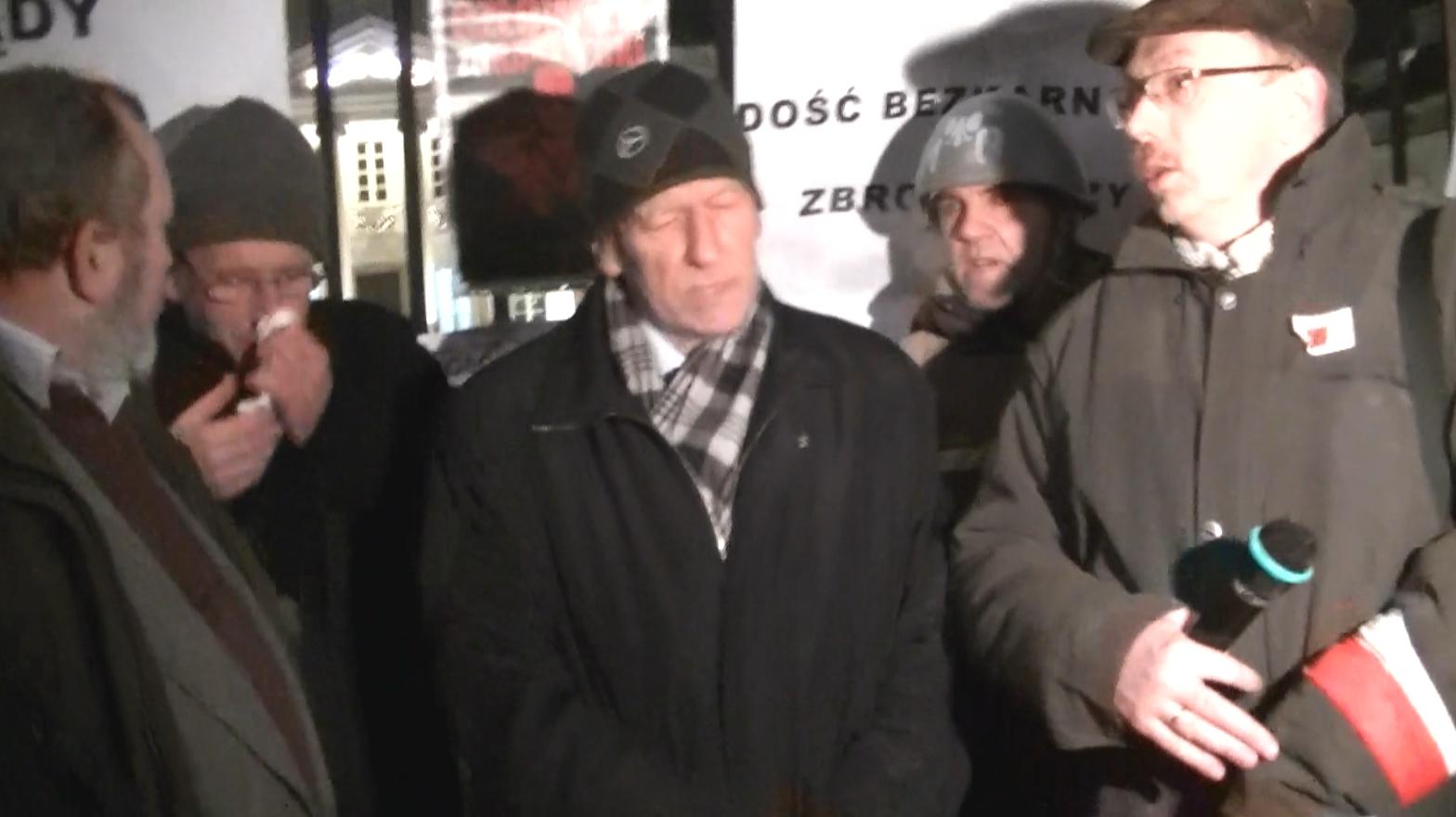 WOLNY CZYN: Pikieta protestu pod Belwederem – FILM