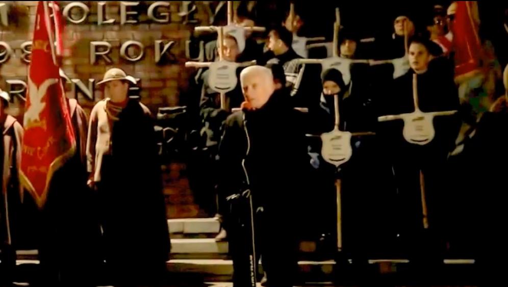 WOLNY CZYN: Jerzy Buzek wygwizdany pod kopalnią Wujek
