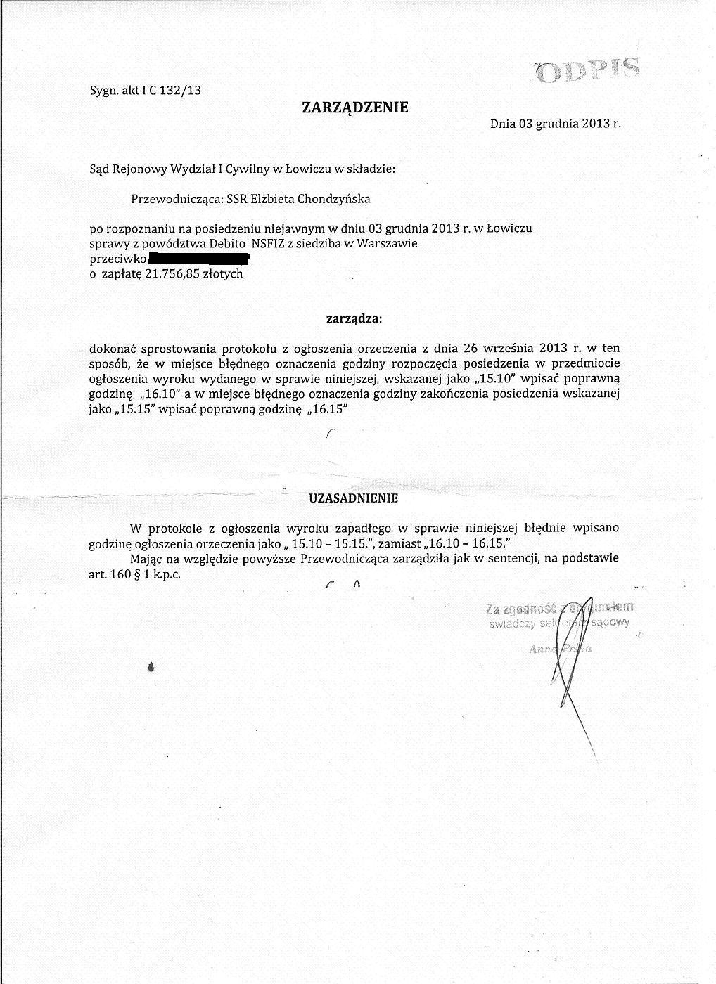 Sędzia SR w Łowiczu Elżbieta Chondzyńska dokonuje sprostowania protokołu od wyroku, który nie został ogłoszony na posiedzeniu jawnym.