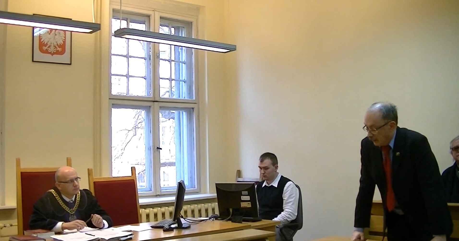 """WOLNY CZYN: Adam Słomka uczy """"sędziów"""" przyzwoitości"""
