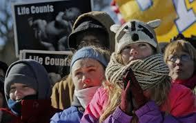 Poczęte z gwałtu – przeciw aborcji.