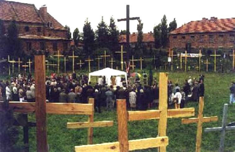 Dziś bronimy Krzyża – najważniejszego symbolu naszej Wiary
