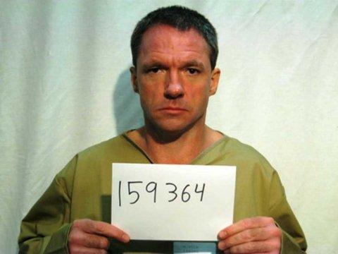 Takie mrozy że zbiegły skazany sam wrócił do więzienia.