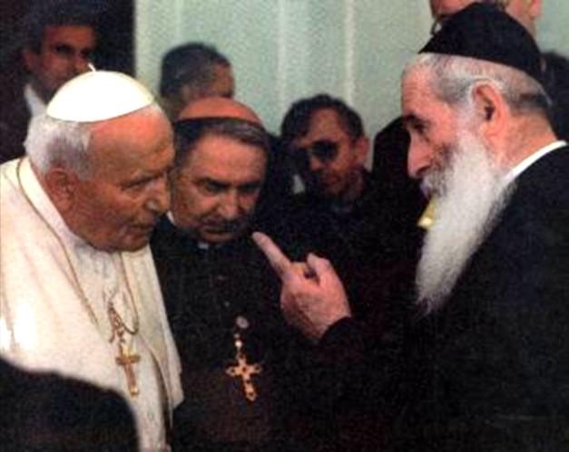 Bp Richard Williamson – Holocaust jest świecką religią Nowego Porządku Świata !
