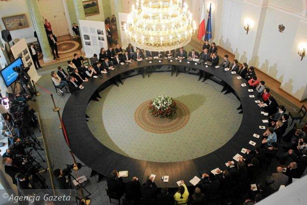 Pokłosie okrągłego stołu – władza psychopatów