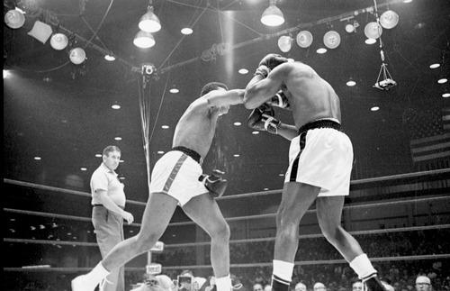 Słynna walka Ali – Liston w 1964r. sfingowana?