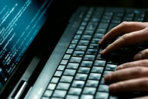 laptop-klawiatura-haker[1]