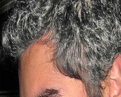 Przez siwe włosy możesz nie dostać pracy lub ją stracić!