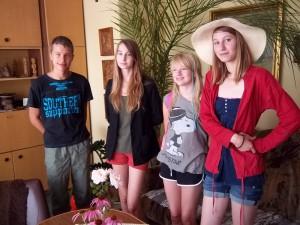 Polskie kuzynki Justyny Pomorskiej: Kasia, Agata, Rachela i kuzyn Dawid