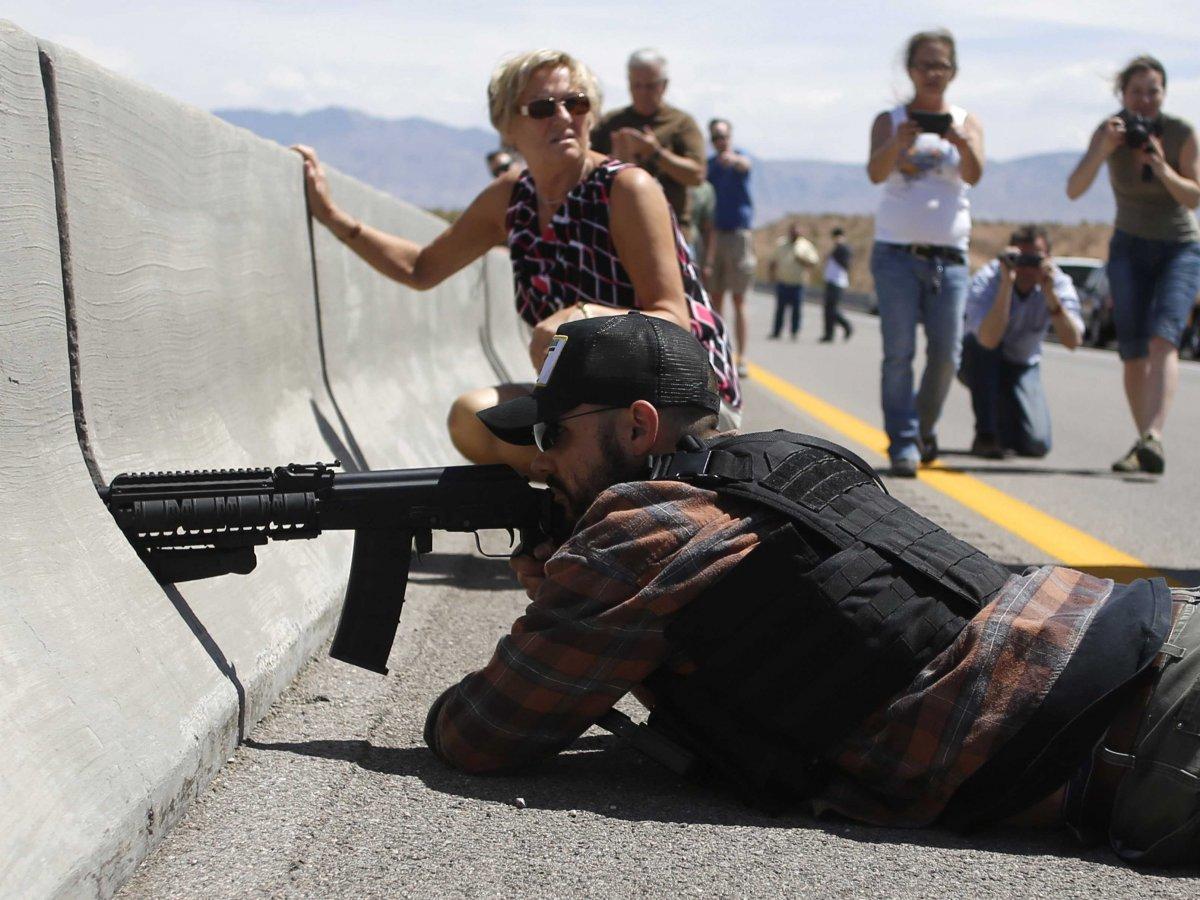 O dobrodziejstwie posiadania broni. Rancho Bundy'ego