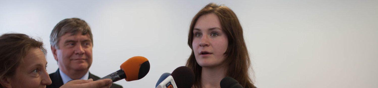 JOANNA JUREK,17-LATKA,WYNALAZŁA METODĘ LECZENIA RAKA