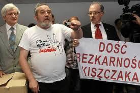 Pomnik NKWD w Katowicach – Miernik na policji!