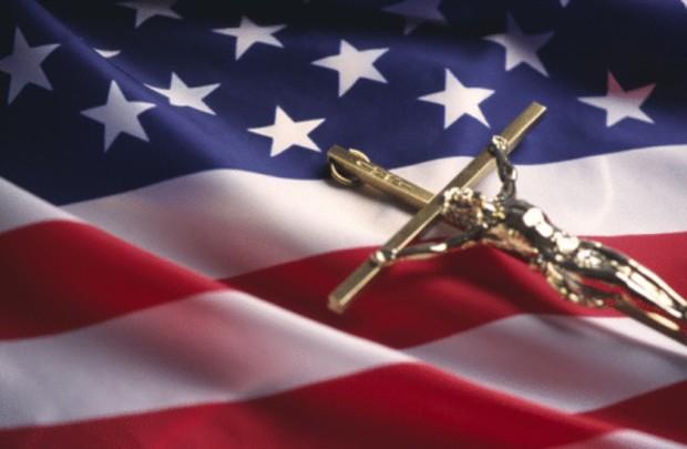 Sąd Najwyższy USA zatwierdził modlitwę w urzędach