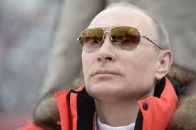 Kissinger robi z Putina błazna