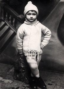 Trzeciny 1926. Wojciech Jaruzelski. PAP/Archiwum rodzinne Wojciecha Jaruzelskiego. Dokadny miesiąc i dzień wydarzenia nieustalone