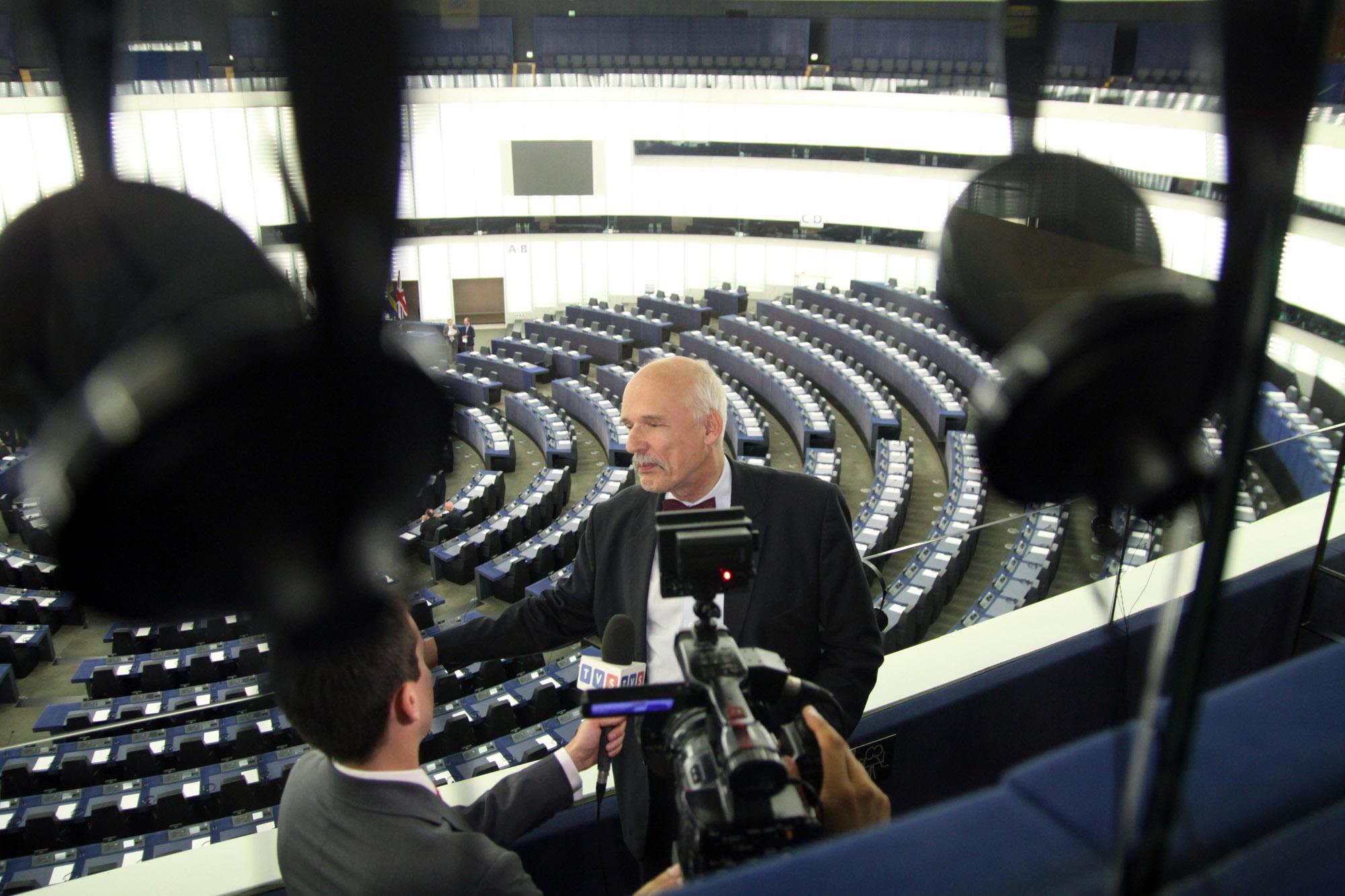Korwin po raz pierwszy w Parlamencie Europejskim