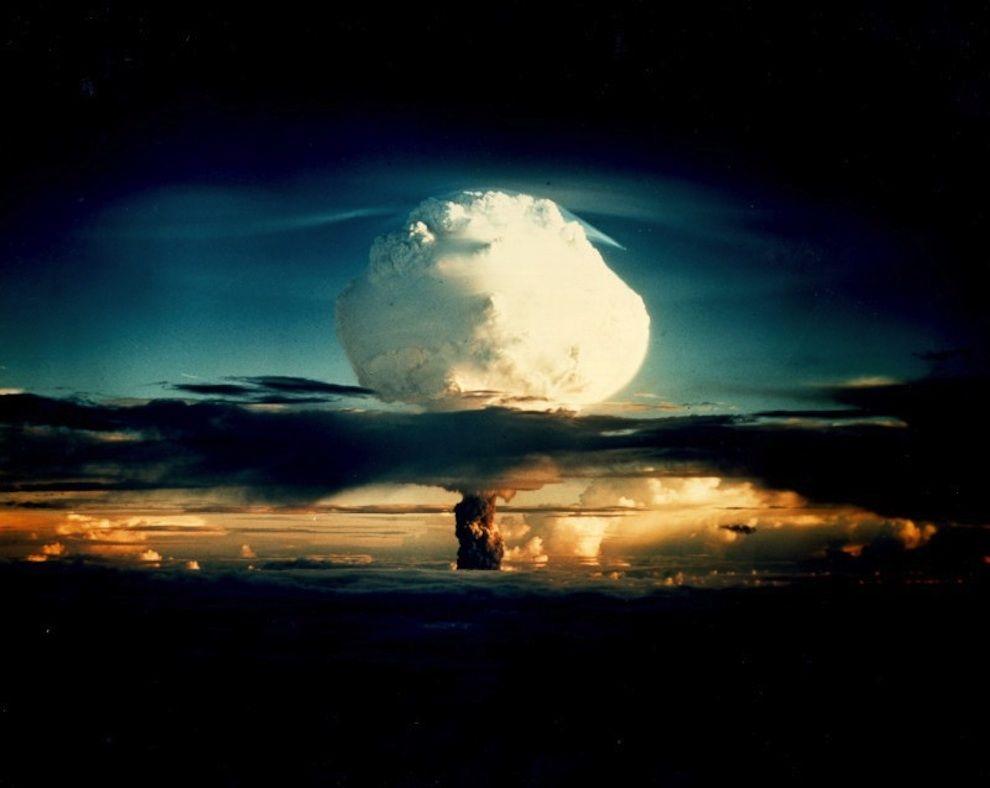 nuklearna-eksplozja-Ivy-MIKE-1952-r.-10.400-megaton