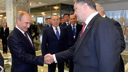 Putin i Poroszenko podali sobie ręce